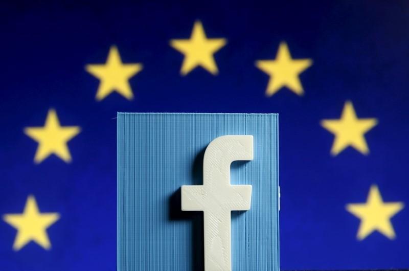 Facebook UE